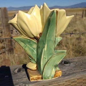 Final McCoy Vintage Tulip Mid Century Flower Vase